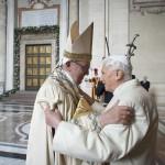 IX. O Papado na balança da História
