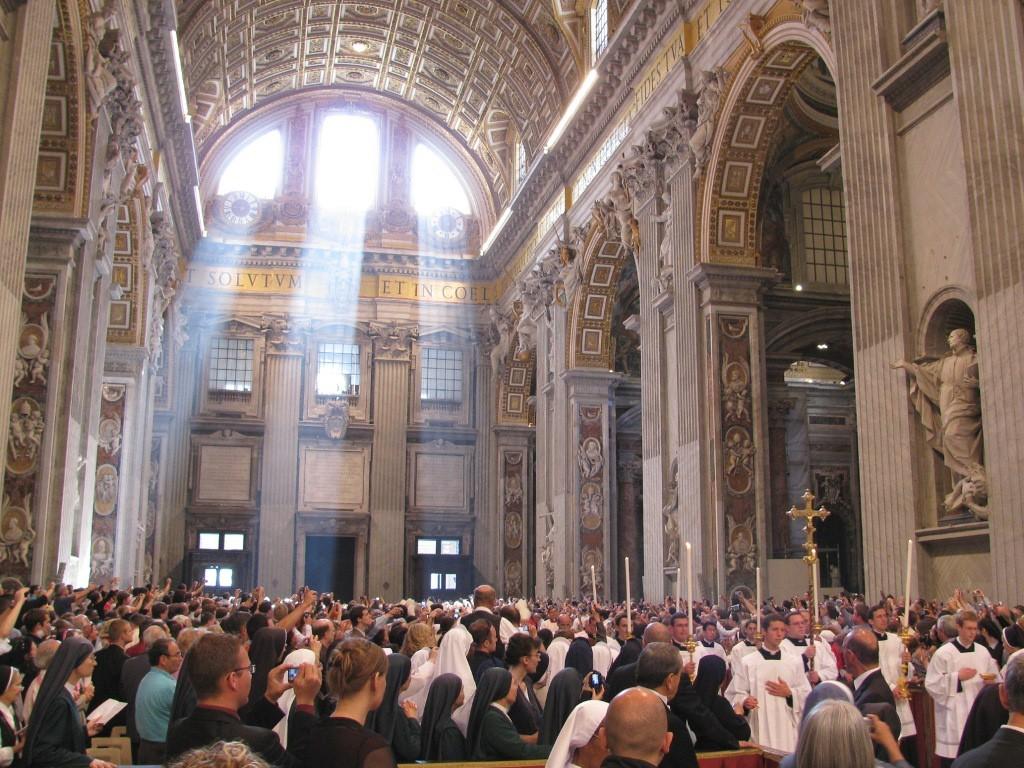 Todo aquele que é membro da Igreja, faz parte do corpo místico de Cristo
