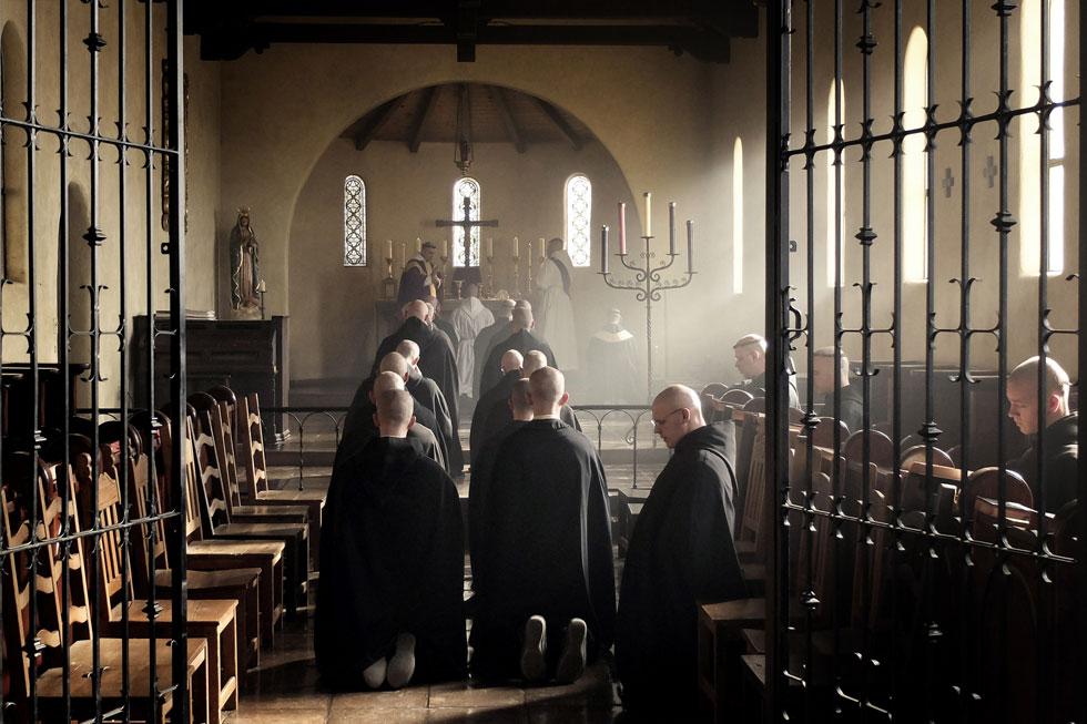 Monges Beneditinos em Oração