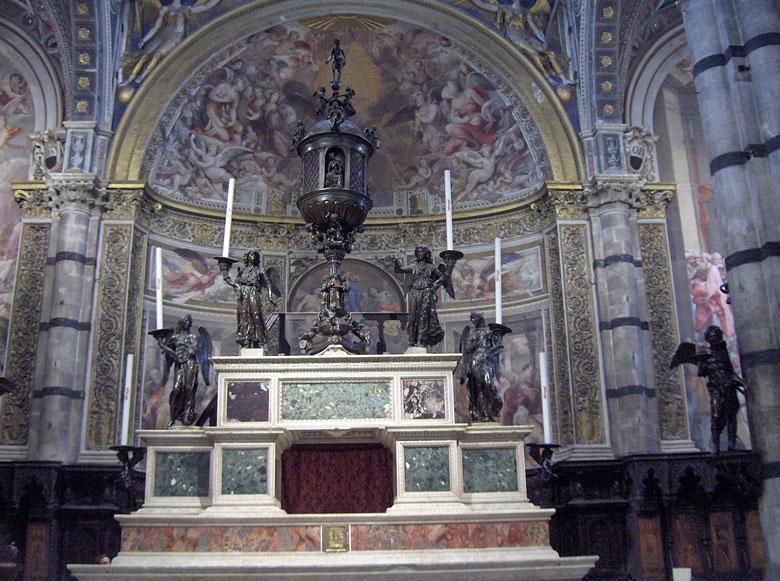 Sacrário do altar de Siena Duomo (Século XVI)