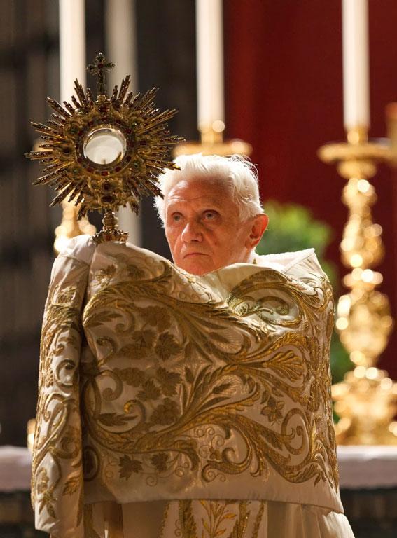 Papa Bento XVI, o Santíssimo Sacramento da Eucaristia
