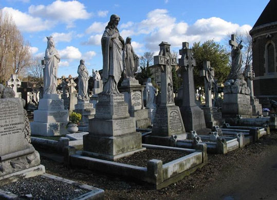Cemitério de São Patrício, em Londres