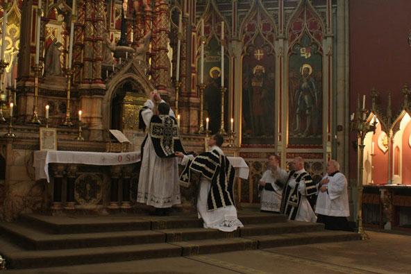 Missa Requiem - Rito São Pio V
