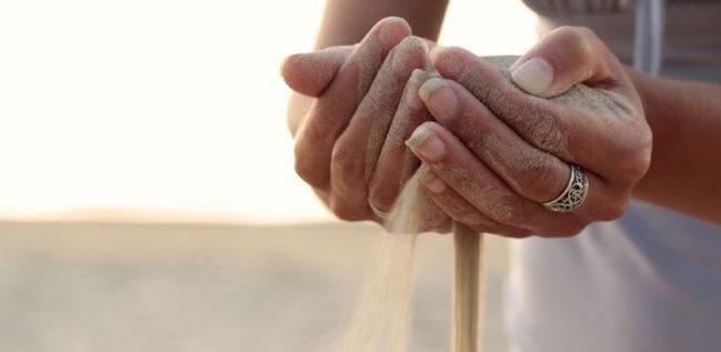 Tibieza: é o hábito do pecado venial delibirado. É como que os grãos de areia